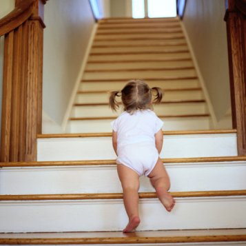 Babyproofing-Your-Staircase